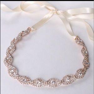 Jewelry - NWOT Rose gold Head Drape